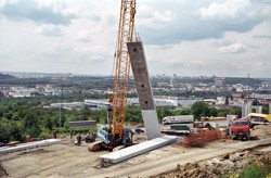 The technology of prefabricated diaphragm walls used for the construction of line abutment walls along roads; the Radial road in Prague-Vysočany