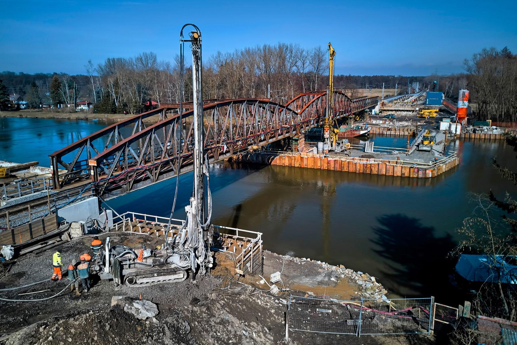 Rekonstrukce železničního mostu přes Labe v ev. km 6,330
